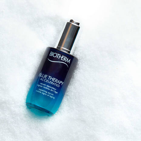 Blue therapy accelerated serum antiedad